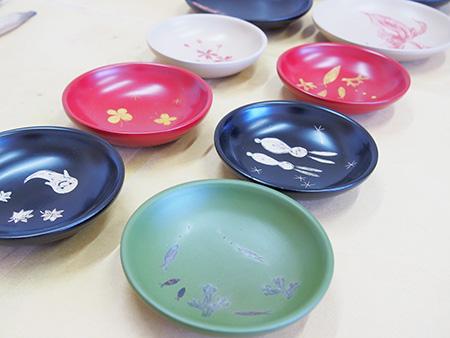 お箸やお皿など漆器小物まで幅広く制作